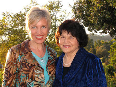 Mari Smith and Esperanza Universal